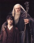 Frodo (Elijah Wood) & Gandalf (Ian McKellen) FOTR, New Line Cinema 2001