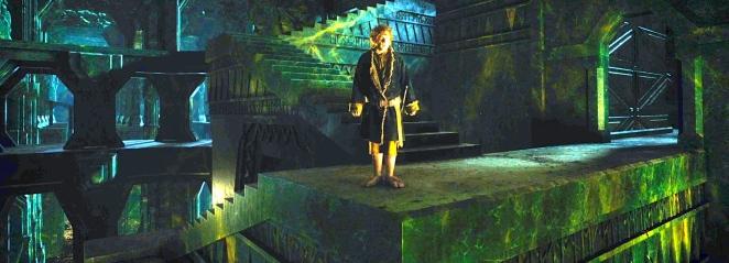 Bilbo Baggins (Martin Freeman) prepares to confront Smaug