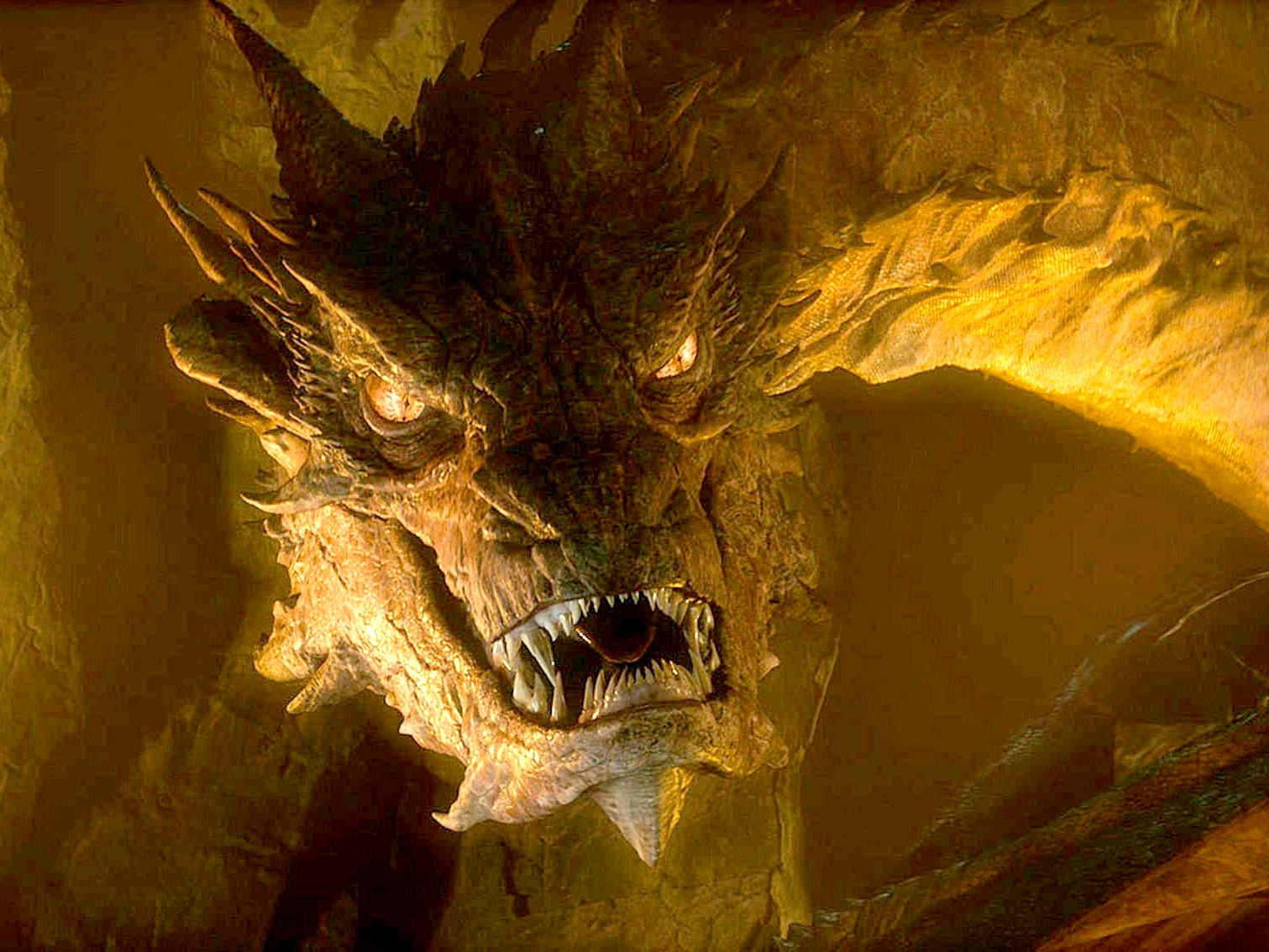 smaug the dragon hobbit - photo #1