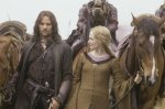 Aragorn & Eowyn lead the people of Rohan to Helm's Deep (The Two Towers)