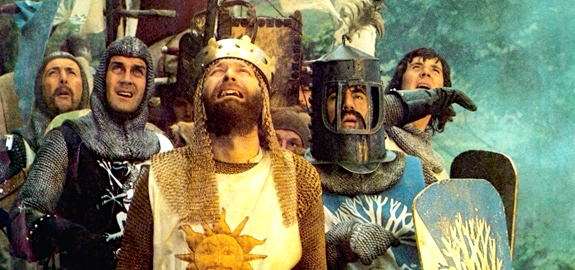 """Monty Python & the Holy Grail"" (Eric Idle, Michael Palin; center from left John Cleese, Terry Jones (helmet), Graham Chapman as King Arthur (Front)"