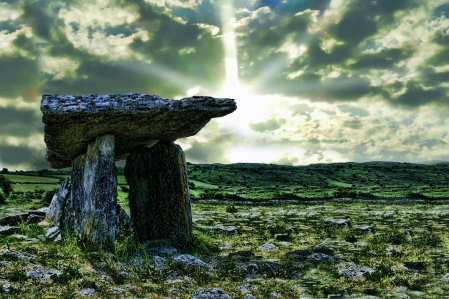 "Carlisle's Nine Worlds: Rune Gate on Midgard (c. 545 A.D.) Druids in Ireland on Solstice Eve in ""The Codex Lacrimae"""